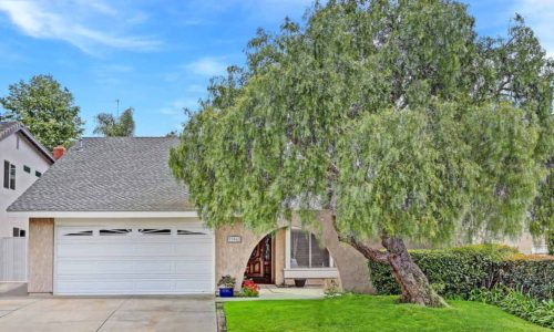 33062 Santiago - Listed by Christe and Mark Roknich